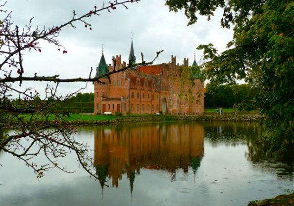 Egeskov Castle (Photo: AnneLise Sorensen)